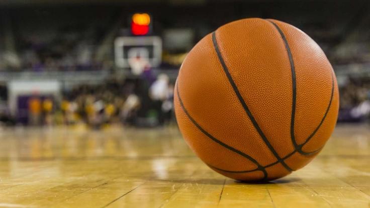Basketball im TV (Symbolbild). (Foto)