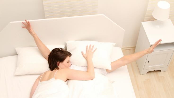 Diese Schlafposition sollte Ihnen wirklich Sorgen bereiten. Alle anderen sagen schlichtweg viel über Ihre Persönlichkeit aus. (Foto)