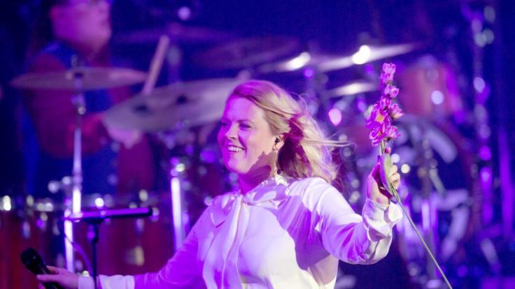 """Patricia Kelly von """"The Kelly Family"""" bei einem Auftritt in der Westfalenhalle in Dortmund. (Foto)"""