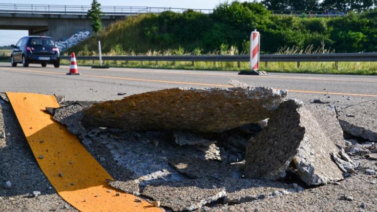 Langanhaltende Hitze verursacht Blow-ups auf Straßen. (Foto)