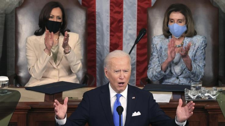 Joe Biden wurde für seinen Auftritt im Kongress böse verspottet. (Foto)