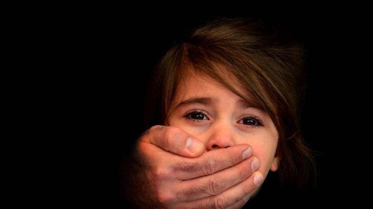 In Russland entging ein Mädchen nur knapp einer Vergewaltigung. (Foto)