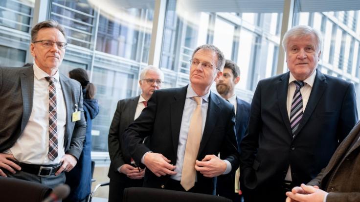 Der Innenausschuss des Bundestages kritisiert den Polizeieinsatz in Hanau (Foto)