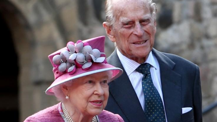 Wie groß ist die Sorge bei Queen Elizabeth II. um Prinz Philip? (Foto)