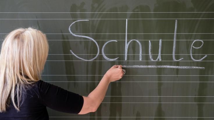 Schule hatte eine Lehrerin aus Manchester bei ihrem 15-jährigen Schüler offenbar nicht im Sinn. (Foto)