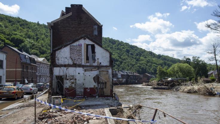 Knapp eine Woche nach der Flutkatastrophe wurde Belgien erneut von schweren Unwettern getroffen. (Foto)