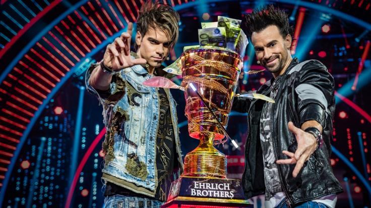"""Die """"Ehrlich Brothers"""" Chris (l.) und Andreas (r.) suchen bei RTL den weltbesten Magier. (Foto)"""