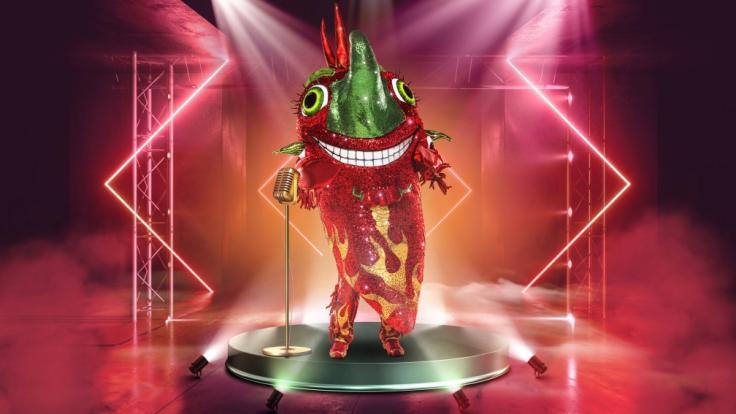 """Achtung, scharf! Welcher Promi steckt im Chili-Kostüm bei """"The Masked Singer"""" 2021? (Foto)"""