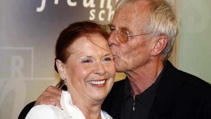 Ursula Karusseit mit Schauspielkollege Rolf Becker. Die