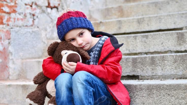 In England verging sich ein 13-Jähriger über Monate hinweg an zwei Kindern (6 und 8 Jahre alt). (Symbolfoto) (Foto)