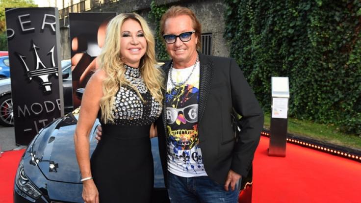 Carmen und Robert Geiss haben Grund zu feiern: Vor Gericht konnten sich die Geissens gegen den Ex-Geschäftsführer von Geiss TV durchsetzen. (Foto)