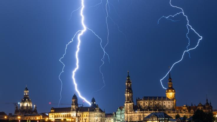 Nicht nur über Dresden gingen am Pfingstmontag heftige Gewitter nieder. (Foto)