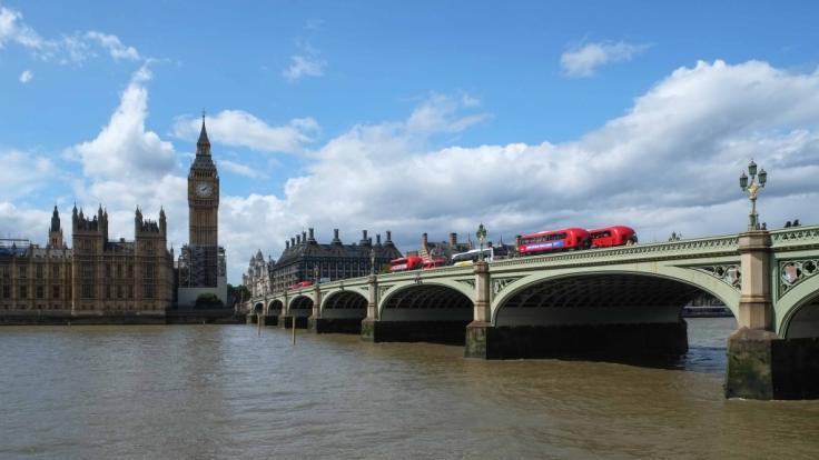 Die Leiche von Millionärssohn Alexander Stern trieb auf der Themse. (Symbolfoto)