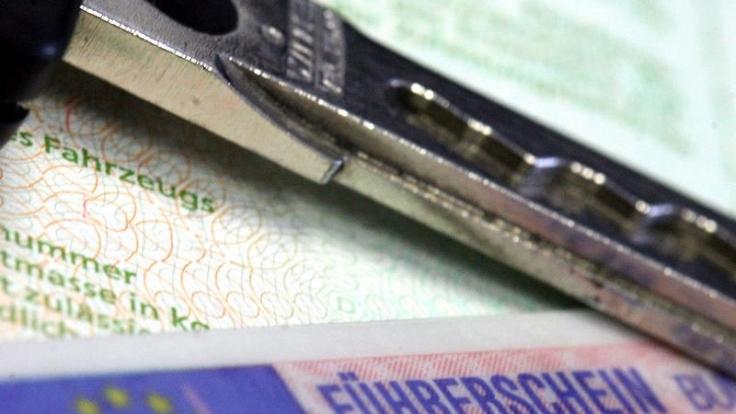 Eine Frau aus Niederbayern, die nie eine Fahrprüfung abgelegt hatte, hatte 2008 über einen Vermittler das gefälschte philippinische Dokument erworben. (Foto)