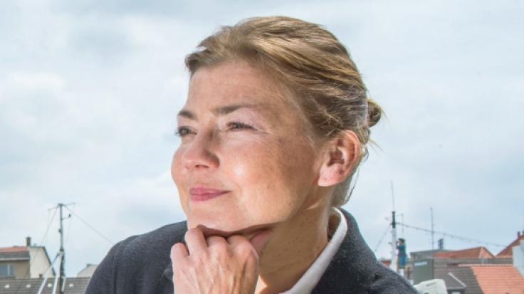 """Claudia Schmutzler, vielen besser bekannt als """"Schwester Stefanie"""", übernimmt die Hauptrolle in der Telenovela """"Rote Rosen"""". (Foto)"""