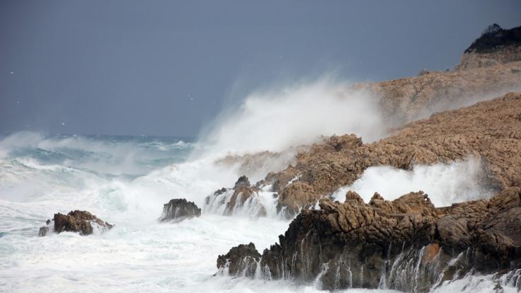 Es wird stürmisch im Mittelmeer.