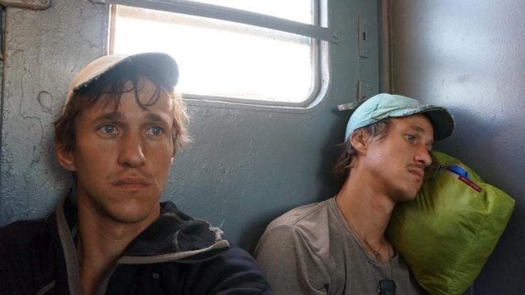 Die Zwillingsbrüder Paul und Hansen Hoepner wollen in 80 Tagen um die Welt reisen - ganz ohne Geld. (Foto)