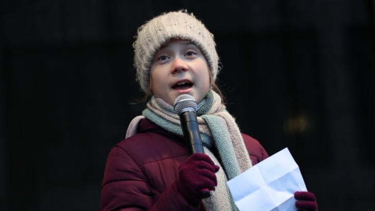 Greta Thunberg trauert um ihren verstorbenen Opa. (Foto)