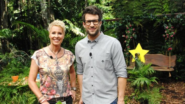 Die Moderatoren Daniel Hartwich und Sonja Zietlow berichten täglich live aus dem australischen Dschungel über das Zusammenleben der Camp-Bewohner.