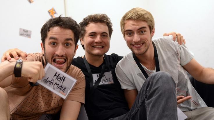 Die Youtube-Stars «Y-Titty.I» Oguz Yilmaz (OG - l-r), Philipp Laude (Phil) und Matthias Roll (TC) aus Hilpoltstein.