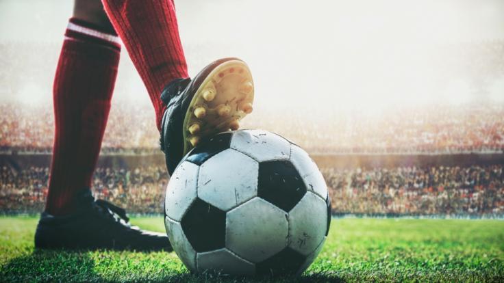 Trauer um Peter Grosser. Laut Angaben seines ehemaligen Fußballklubs 1860 München verstarb der Fußball-Liebling im Alter von 82. (Foto)
