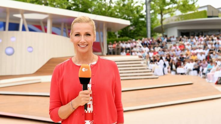 """Auch am 29. August präsentiert Andrea Kiewel wieder eine neue Folge vom """"ZDF-Fernsehgarten"""". (Foto)"""