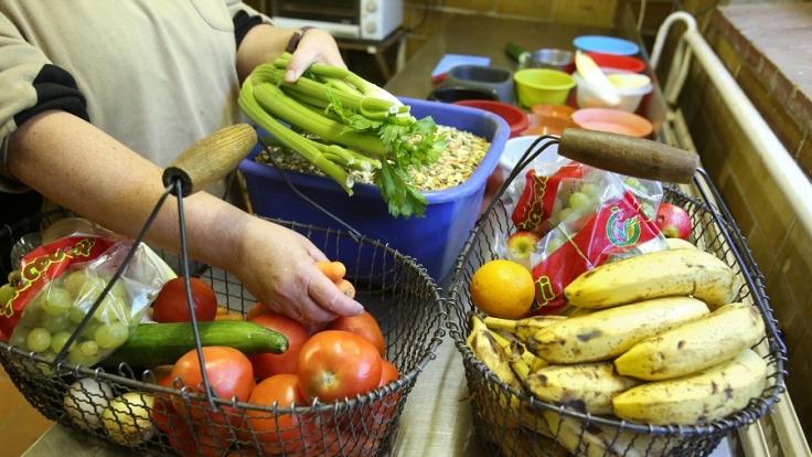 Vorsicht vor schlechten Lebensmitteln in den Supermarktregalen!