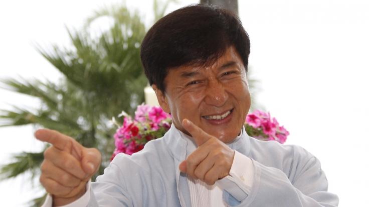 Filmlegende Jackie Chan feiert seinen 60. Geburtstag.