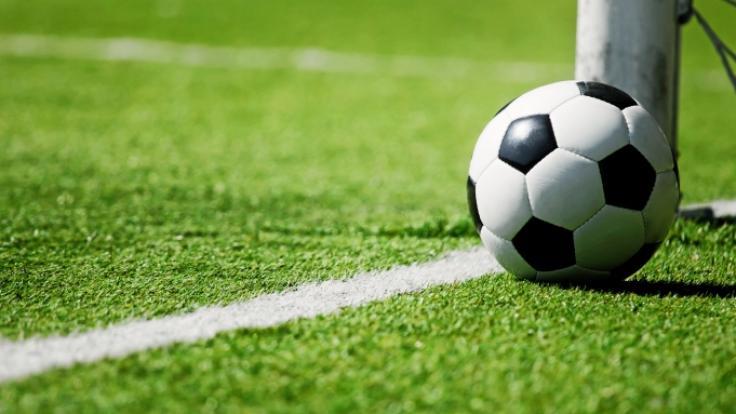Gegen einen in der englischen Premier League unter Vertrag stehenden Profifußballer wurden schwere Vorwürfe des sexuellen Kindesmissbrauchs erhoben (Symbolbild). (Foto)