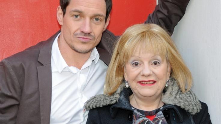 Schauspielerin Billie Zöckler, hier mit Schauspielkollege Markus Brandl, ist im Alter von 70 Jahren gestorben.
