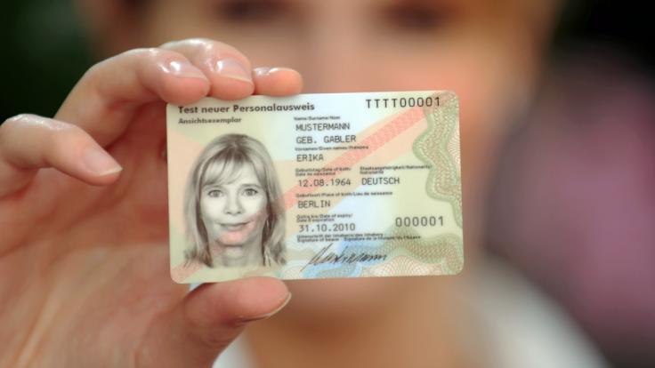 Fingerabdrücke aus dem Personalausweis werden Pflicht.