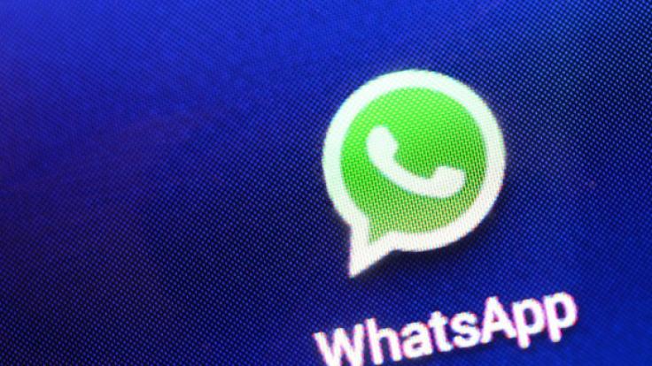Für Unternehmen könnte der Nachrichtendienst WhatsApp künftig kostenpflichtig werden. (Foto)