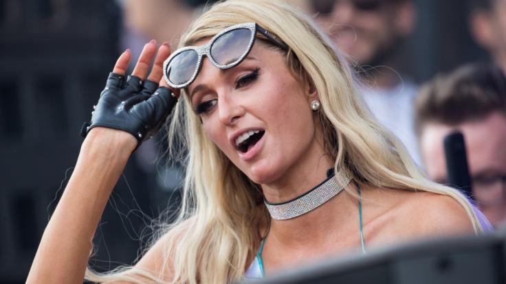 Paris Hilton freut sich schon auf Halloween. (Foto)