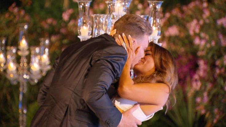 """Jessica Paszka hat sich im Finale von """"Die Bachelorette"""" für David Friedrich entschieden. (Foto)"""