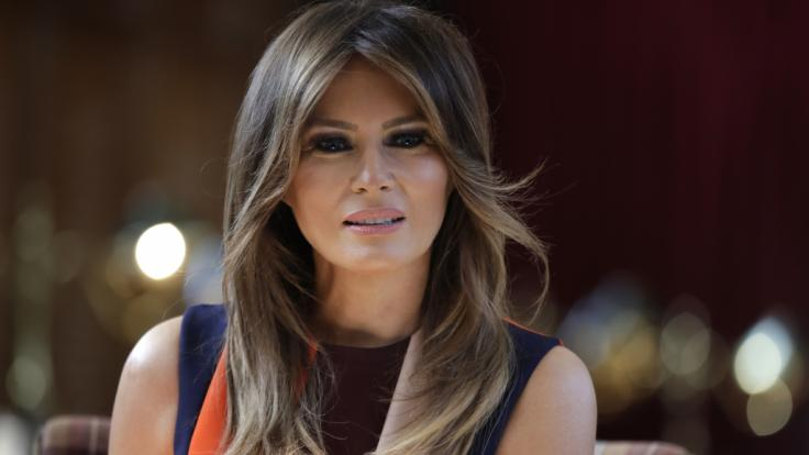 Die First Lady leistete sich in Tennessee beinahe einen peinlichen Schnitzer. (Foto)