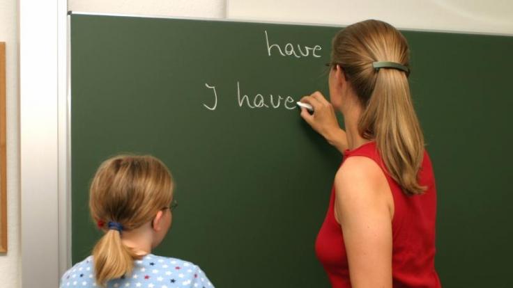 Von Zwei Lehrerinnen Verführt