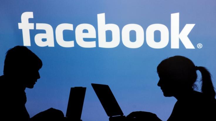 Facebook verbietet sexuelle Inhalte (Foto)
