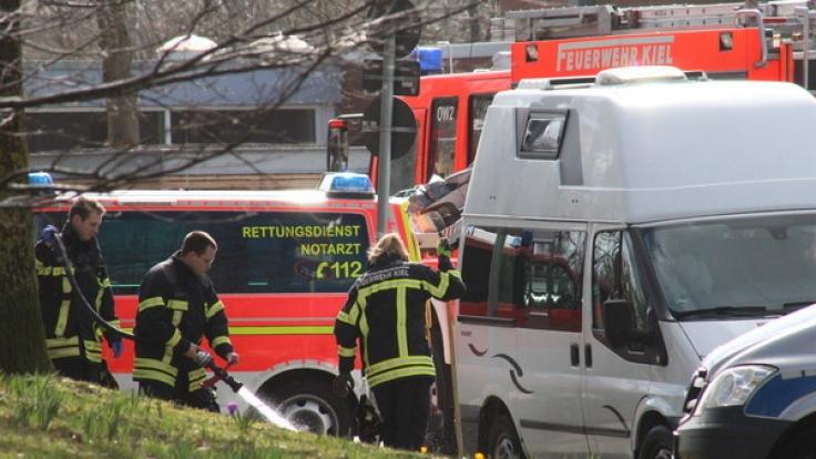 Im Kieler Stadtteil Neumühlen-Dietrichsdorf ist eine Frau nach einer Messerattacke an ihren schweren Verletzungen gestorben. Ein 40 Jahre alter Tatverdächtiger wurde von den Ermittlern festgenommen. (Foto)