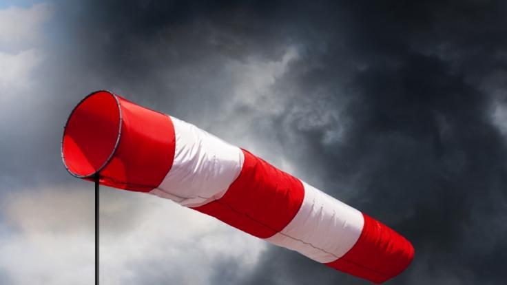 Sturmtief Eugen wütet am Dienstag (04.05.2021) über fast ganz Deutschland. (Foto)