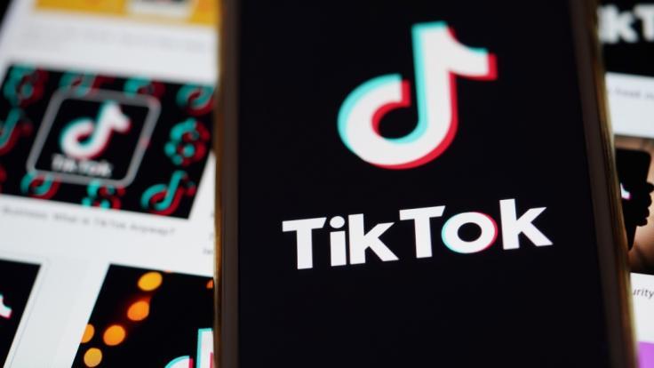"""Tödliche Gefahr für ein paar Likes: Die sogenannte """"Blackout-Challenge"""" bei TikTok hat bereits mehrere Kinder und Jugendliche das Leben gekostet. (Foto)"""