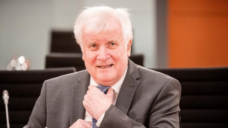 Horst Seehofer will Geimpften keine Vorzüge gewähren.