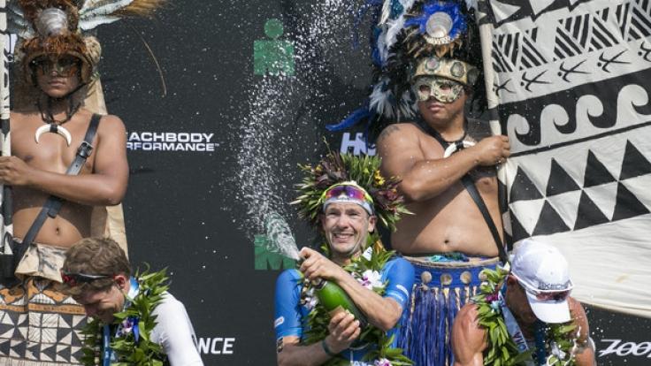 Patrick Lange holte sich den Sieg in der Ironman-Weltmesiterschaft auf Hawaii in Rekordzeit. (Foto)