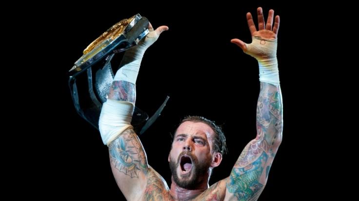 CM Punk stieg zum ersten Mal in einen MMA-Käfig. (Foto)