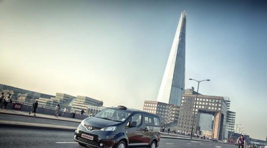 Die besten Bilder zu Nissan NV200 London Taxi: Im Nissan zur Queen (Foto)