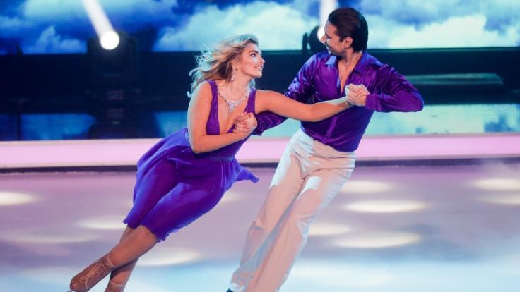 "Sarina Nowak bei ""Dancing on Ice"". (Foto)"