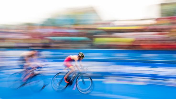 Beim Ironman in Hamburg gehen auch 2019 etliche Triathleten an den Start. (Foto)