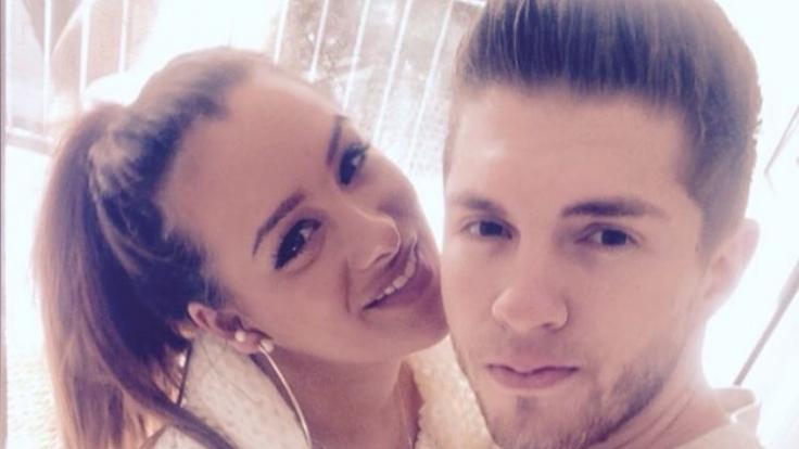 Sollen einem Medienbericht zufolge für ihre TV-Hochzeit eine Schein-Ehe eingehen: DSDS-Star Joey Heindle und seine Freundin Justine Dippl.