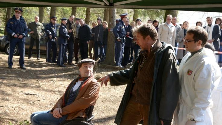 Hubert Mur (Michael Fitz, Mitte) ist von seinem neuen Kollegen Peter Palfinger (Florian Teichtmeister) nicht so begeistert. (Foto)