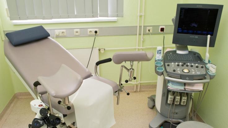 Ein Frauenarzt in den USA nutzte die Unwissenheit seiner Patientinnen aus. (Foto)
