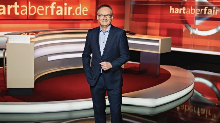 """Frank Plasberg freut sich auf eine neue Ausgabe von """"hart aber fair"""" am Montagabend. (Foto)"""